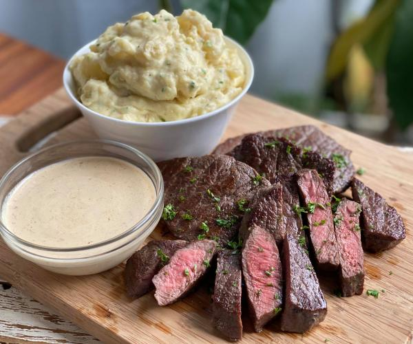 Beef Steak with Cream Sauce