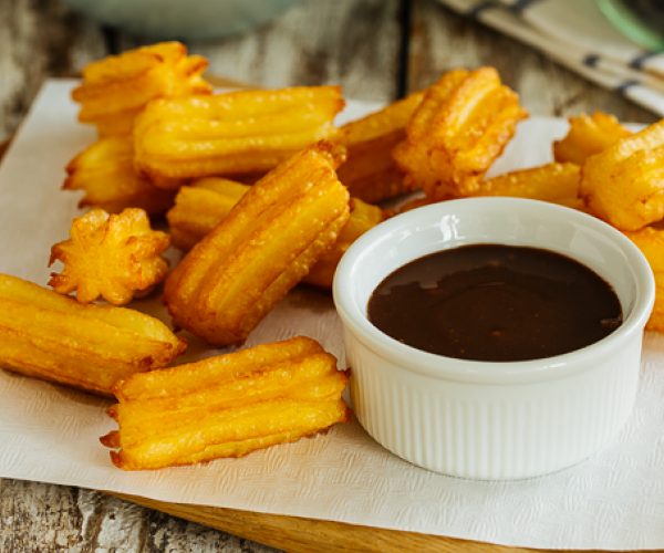 Churritos with Creamy Dreamy Chocolate Dip