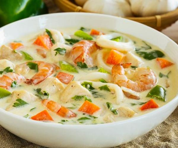 Hearty Seafood Cream Soup