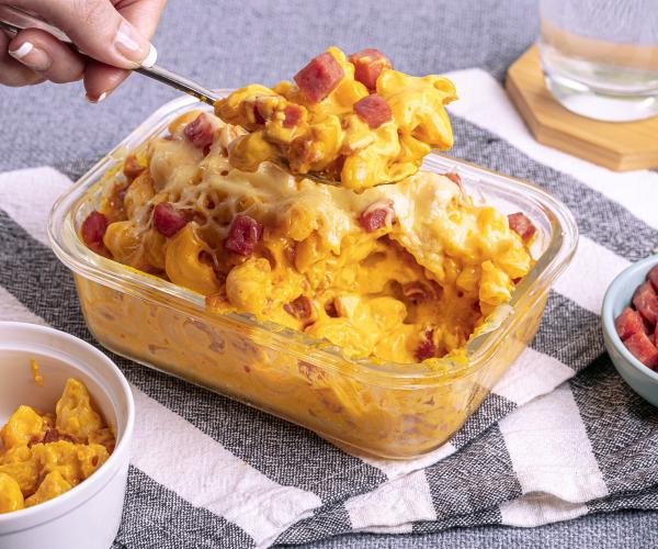 Mac and Cheese with Meatloaf